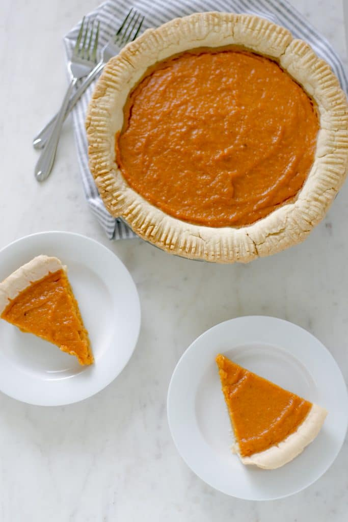 Easy Sweet Potato Pie is a simple to prepare, homemade version of this southern treat. Sweet, creamy, and full of flavor. Try this delicious recipe as soon as possible. simplylakita.com #pie #sweetpotatopie #sweetpotatopierecipe