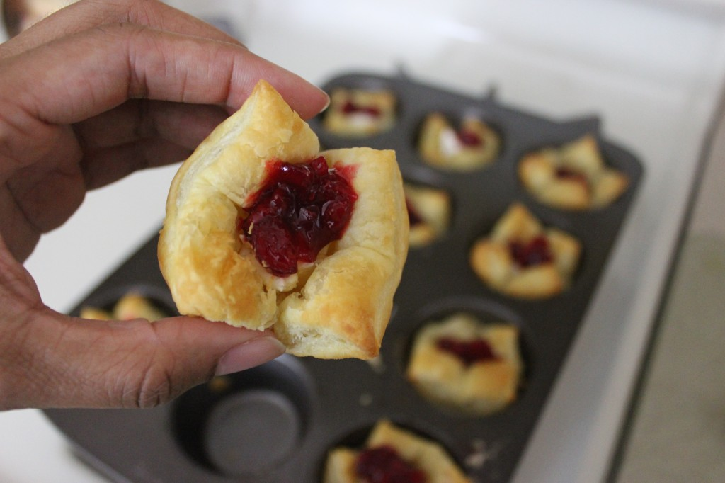 The Perfect Christmas Appetizer, Cranberry Brie Puff Pastry. Easy to make and bakes up in minutes. A tasty combination of sweet and savory. #christmas #appetizer