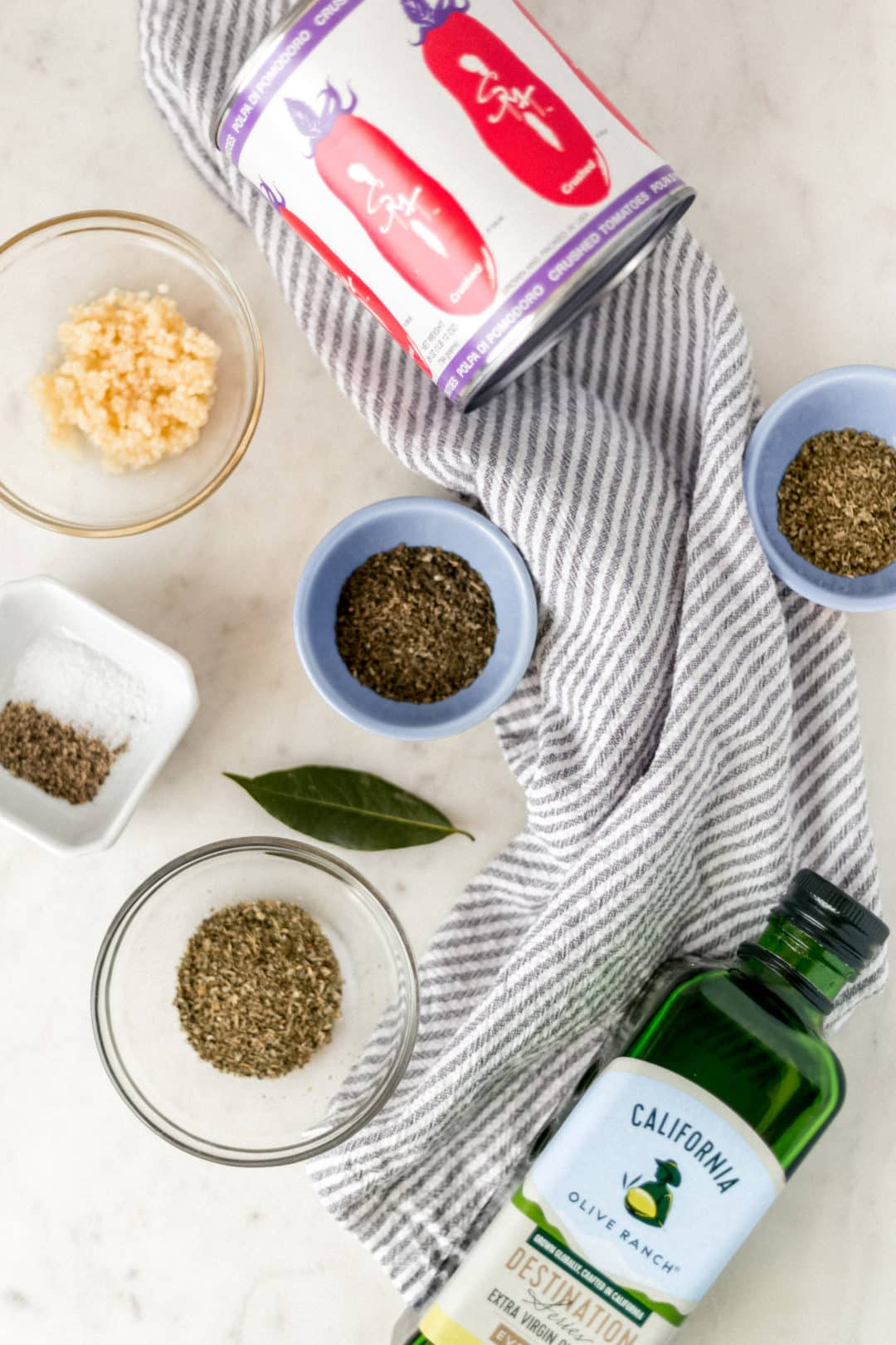 ingredients for easy homemade pasta sauce