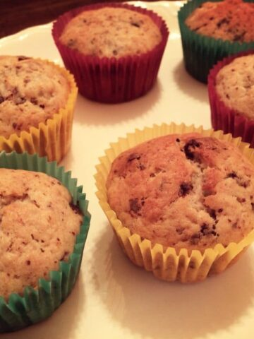 Mexican Chocolate-Banana Muffins are sweet, flavorful, and perfect for anytime. Made with sweet and spicy Mexican chocolate for added flavor. simplylakita.com