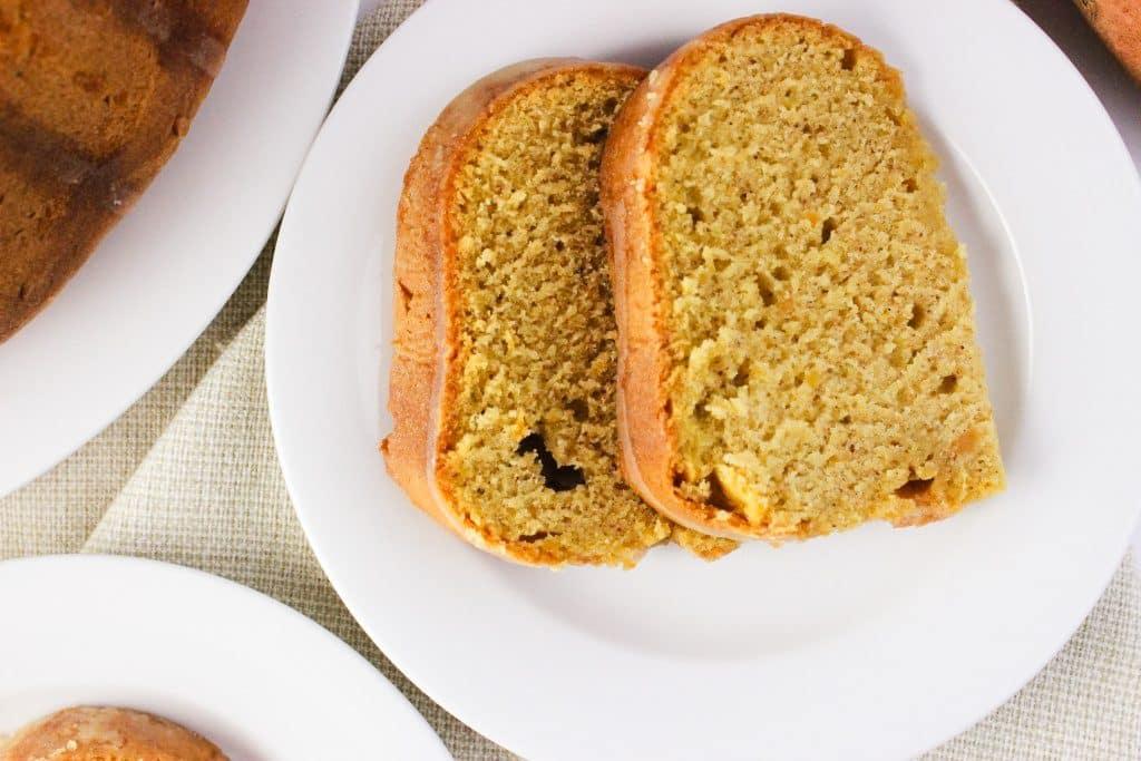 Sweet Potato Pound Cake - This recipe is a new spin on the traditional pound cake. It makes a delicious cake that taste similar to sweet potato pie. simplylakita.com #sweetpotato #poundcake #fall