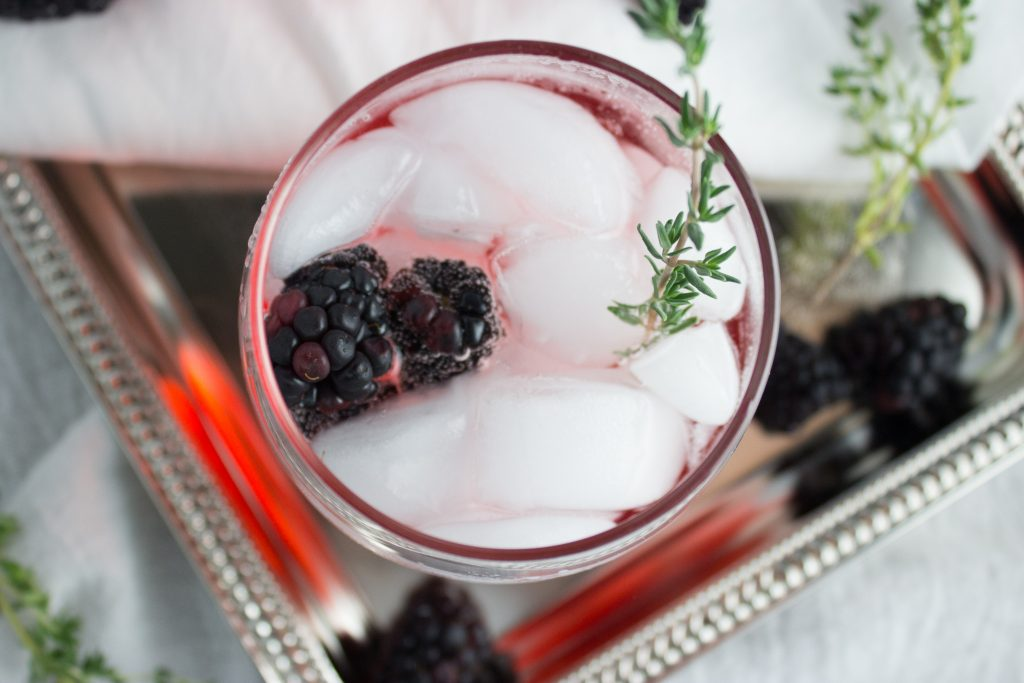 Blackberry Thyme Mocktail - This beverage is completely alcohol free but still just as delicious and perfect for a refreshing springtime day. simplylakita.com #mocktail #blackberry