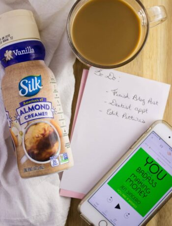 Dairy-Free Coffee Moments - Enjoy a morning sip of coffee with Silk Dairy-Free Almond Creamer that has a nutty flavor and pairs perfectly with any coffee. simplylakita.com #ad #coffee #silkcreamer