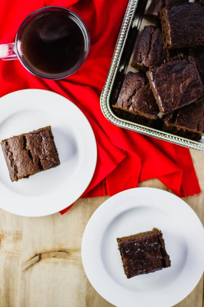 Ginger Cake Squares- This simple recipe is full of flavor and spice to make the perfect ginger cake. So simple and to be enjoyed with a hot cup of coffee. simplylakita.com #ad #PUR #ginger #cake