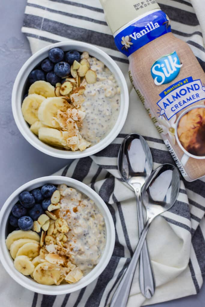 Almond Overnight Oats are a simple, healthy, make-ahead breakfast and a great energy source to start your day. Check out my favorite recipe! simplylakita.com #ad #SilkCreamer #ProgressIsPerfection #vegan