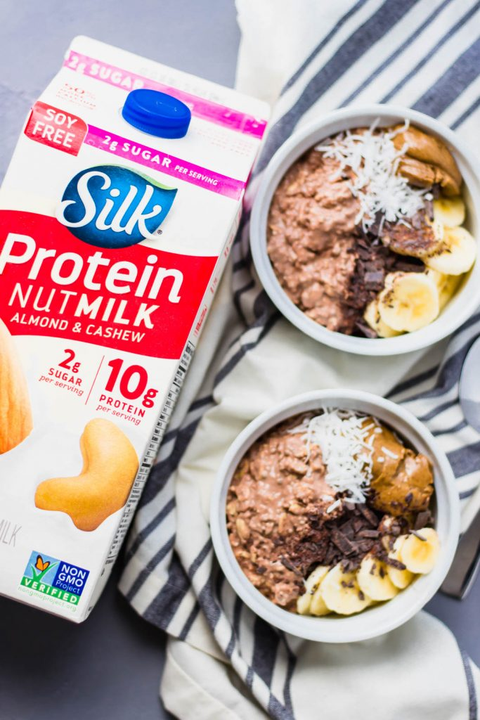 Make chocolate a part of a healthy breakfast with Chocolate Mocha Overnight Oats. The combination of strongly brewed coffee and cocoa prepared in 5 minutes and delicious! simplylakita.com #ad #silknutmilk #overnightoats #vegan