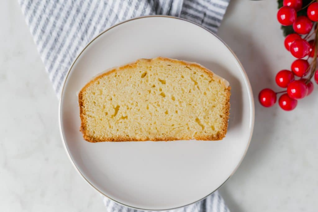 Eggnog Pound Cake is the perfect treat if you love eggnog. It is thick, rich, and delicious. A delicious indulgent holiday treat. simplylakita.com #holiday #eggnogcake