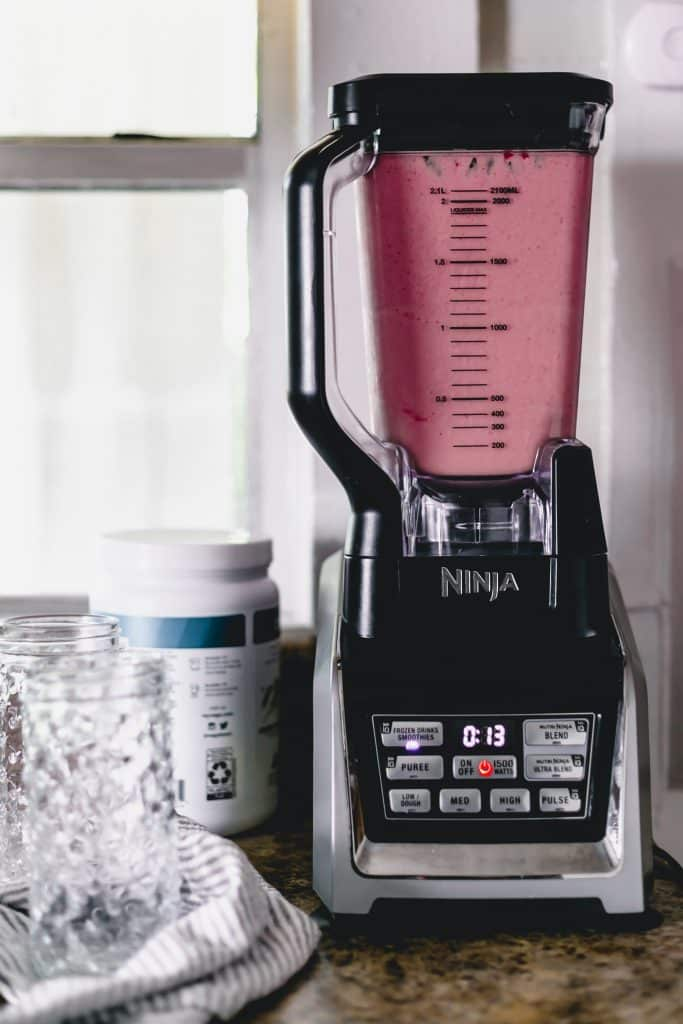 strawberry smoothie in Ninja blender