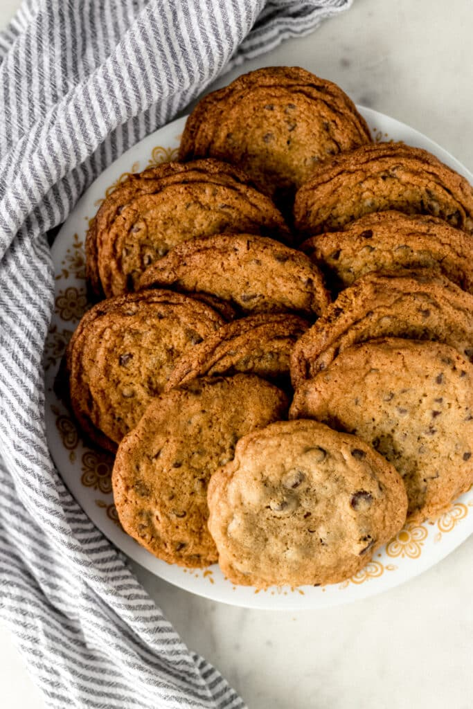 chocolate chip cookies on plate with napkin